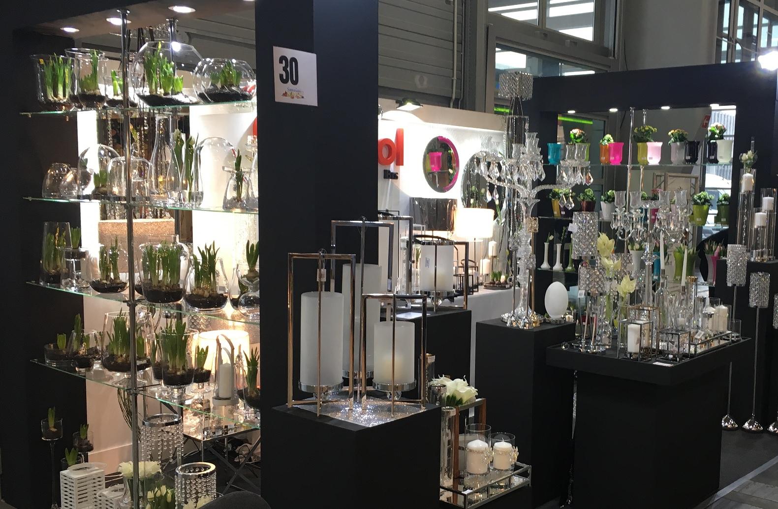 hurtownia dekoracji florystyki i oswietlenia